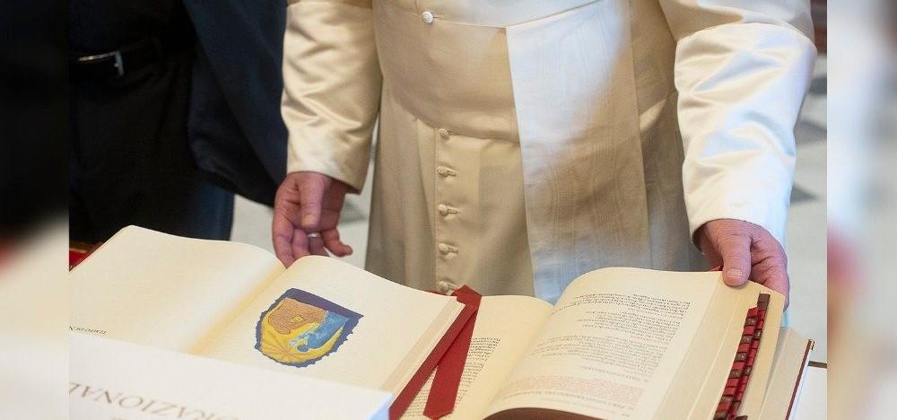El Papa estableix restriccions i condicions a la Missa preconciliar